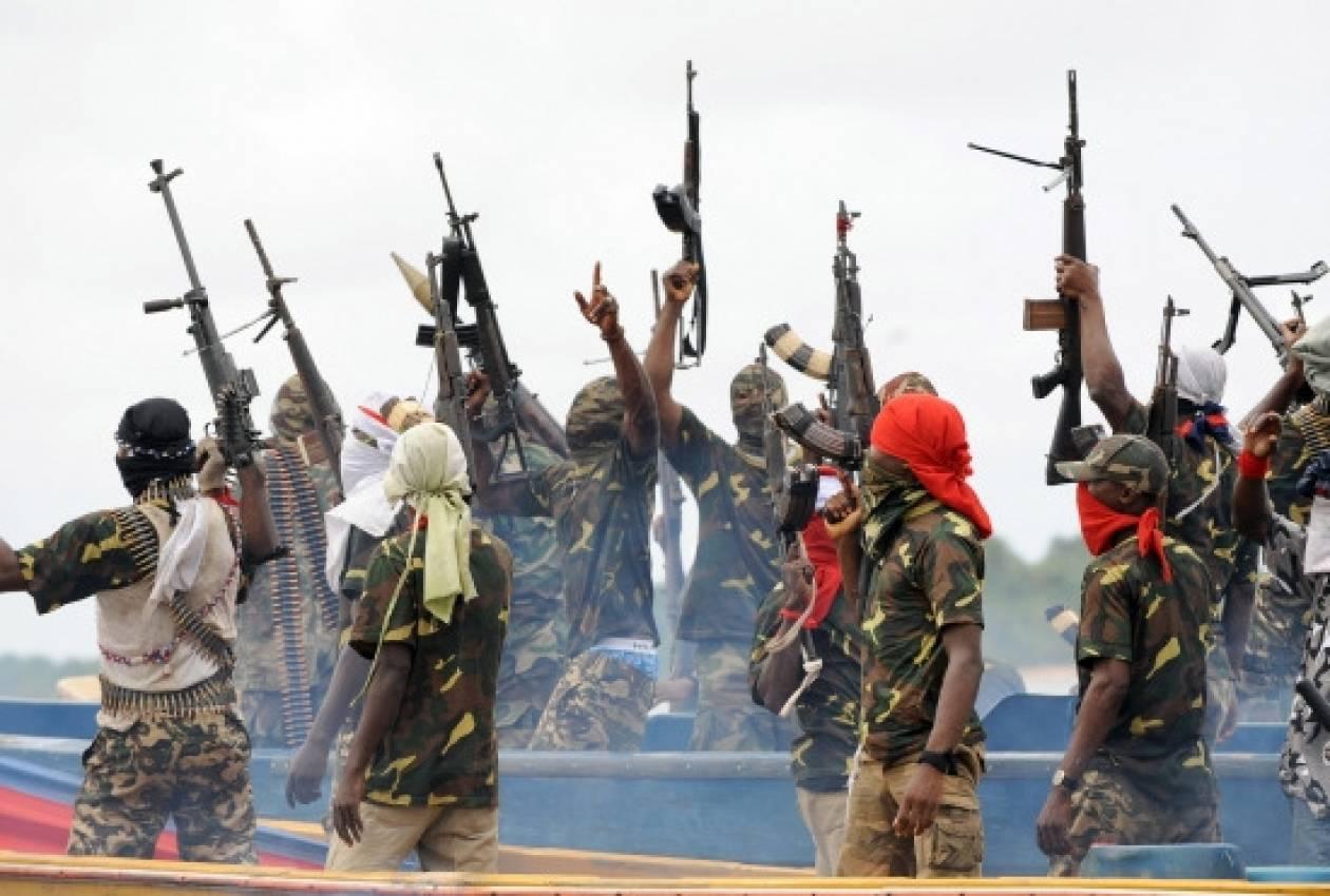 Νιγηριανοί πειρατές απήγαγαν δύο Αμερικάνους ναυτικούς