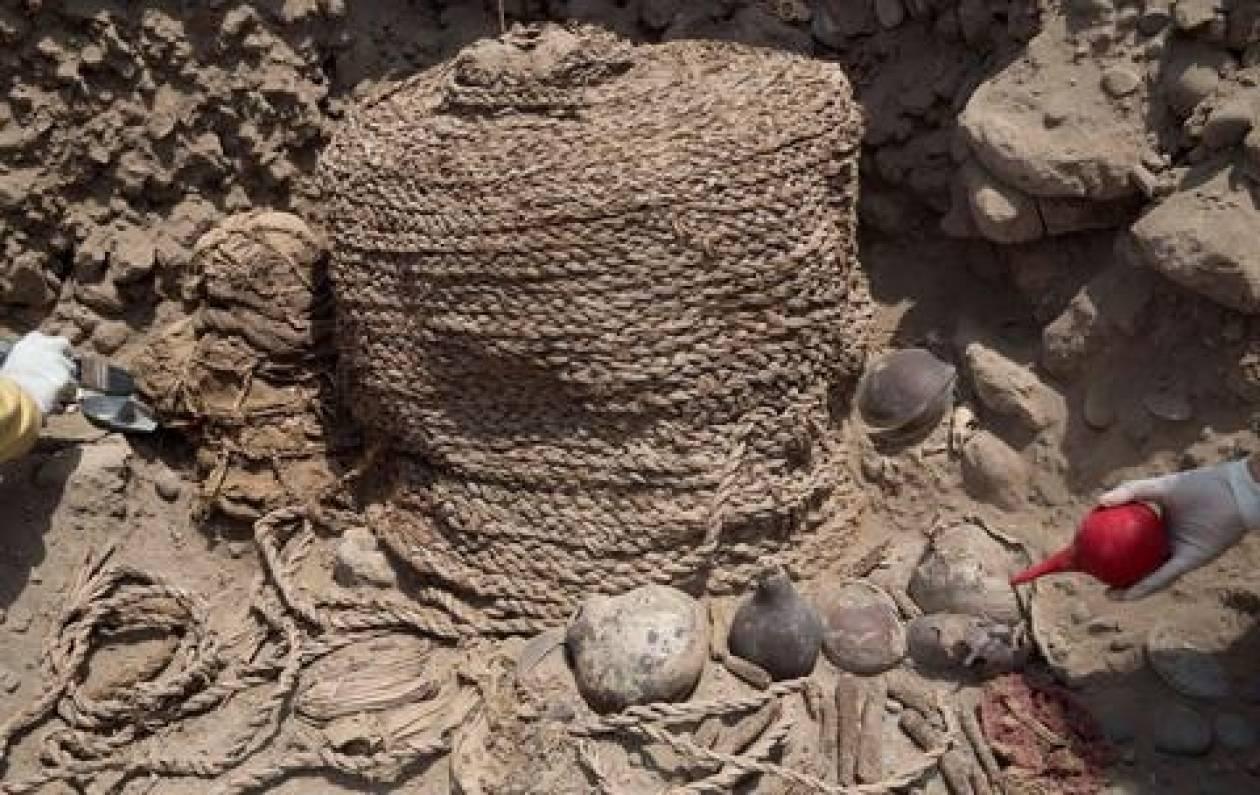 Περού: Ανακαλύφθηκαν μούμιες ηλικίας 1.000 ετών