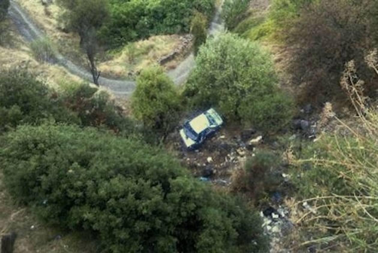 Αυτοκίνητο έπεσε στο γκρεμό-Δυο οι νεκροί