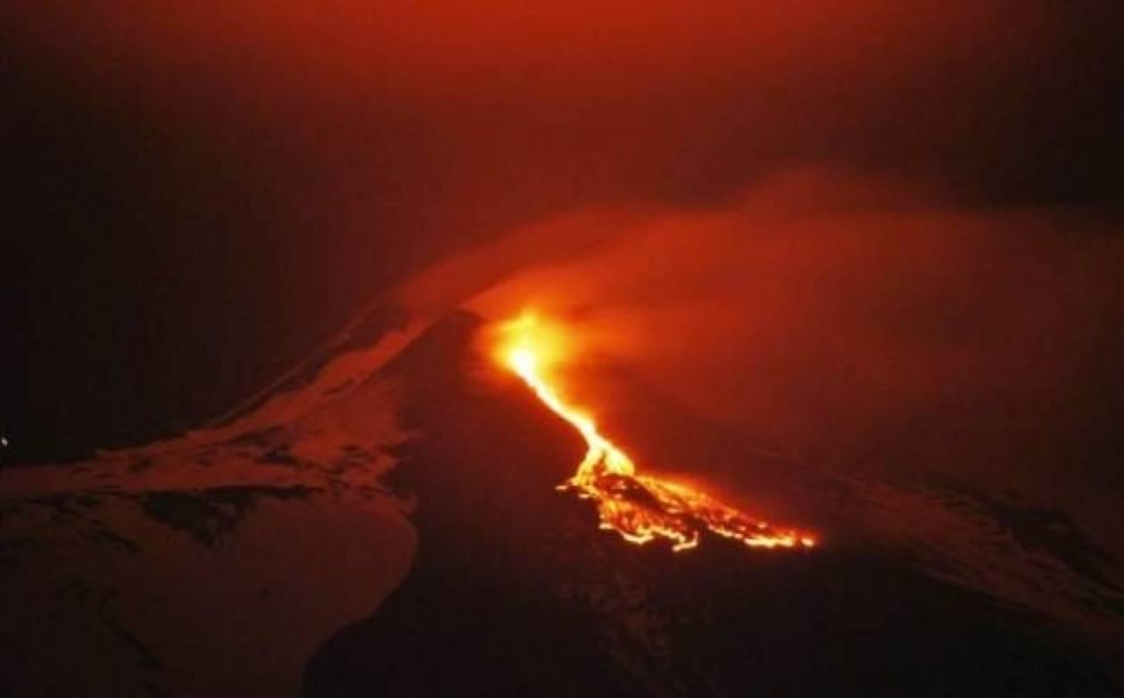 «Ξύπνησε» και πάλι το ηφαίστειο Αίτνα