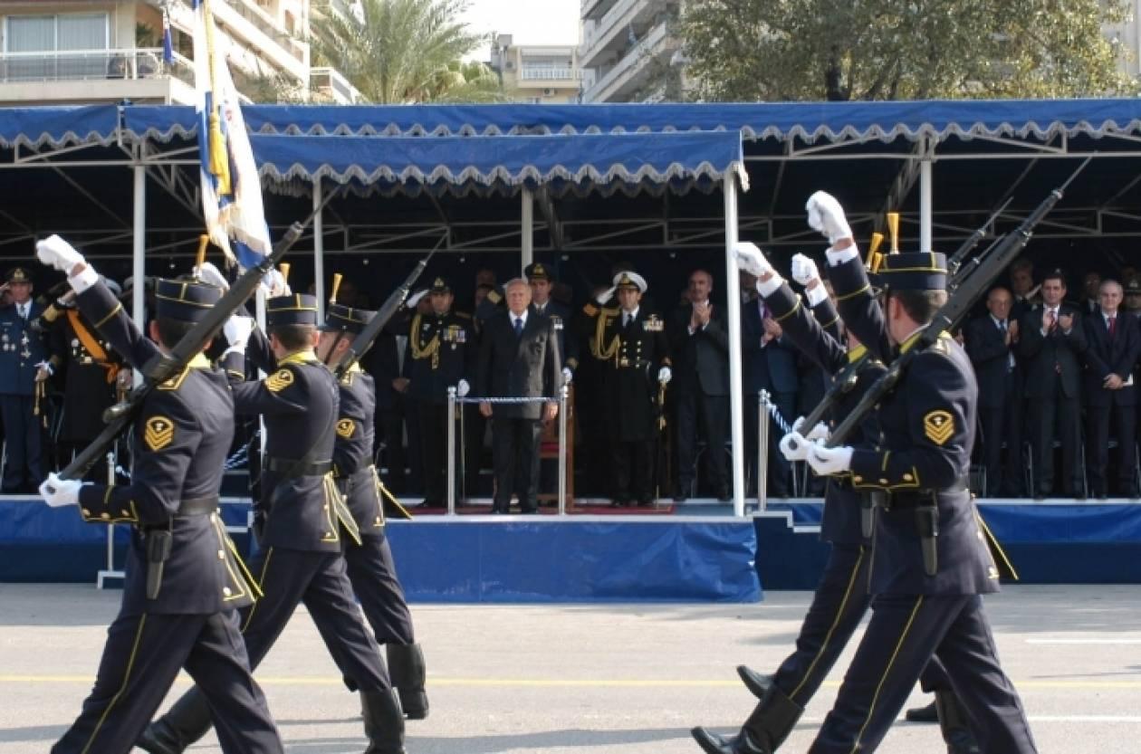 Σε εξέλιξη η στρατιωτική παρέλαση στη Θεσσαλονίκη