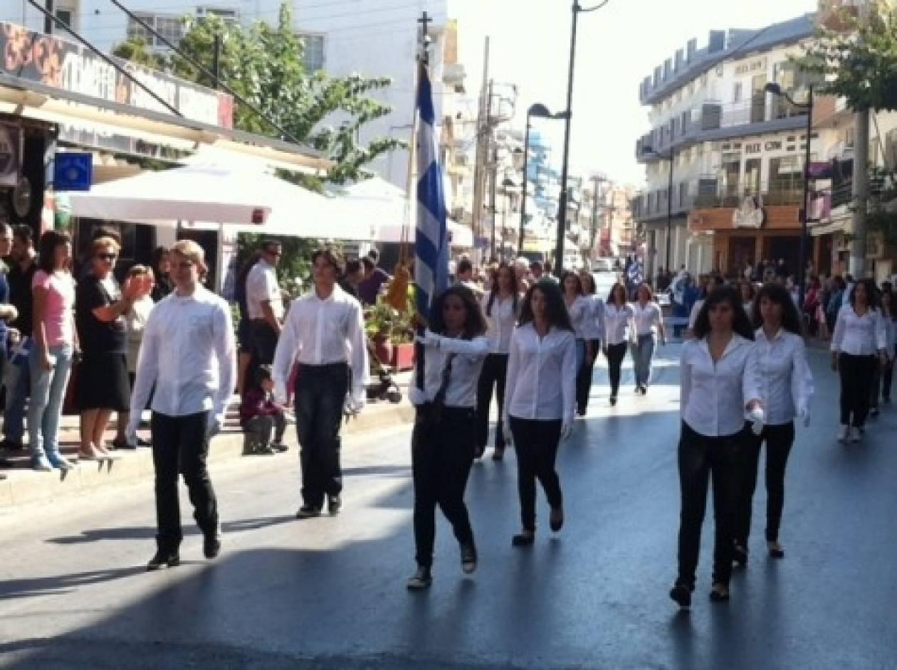 Κρήτη: Η σημαιοφόρος από την Αλβανία που δίχασε
