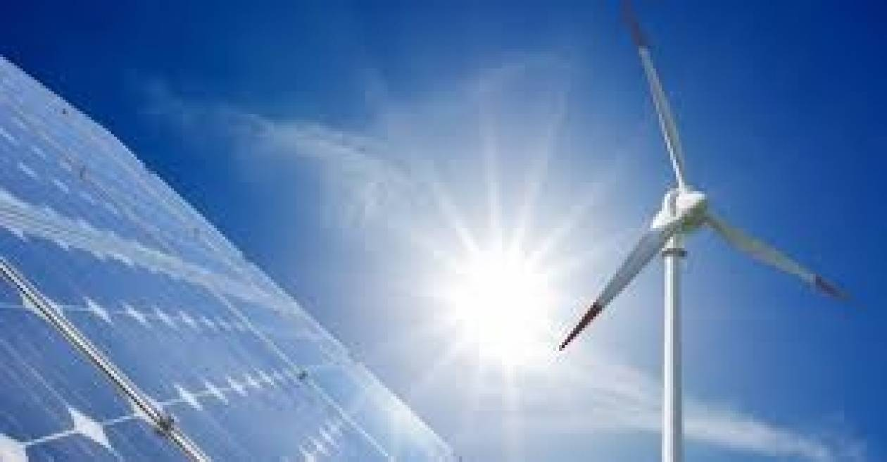 Κόντρα των εταιρειών ΑΠΕ με το ΥΠΕΚΑ για το έλλειμμα στην ενέργεια