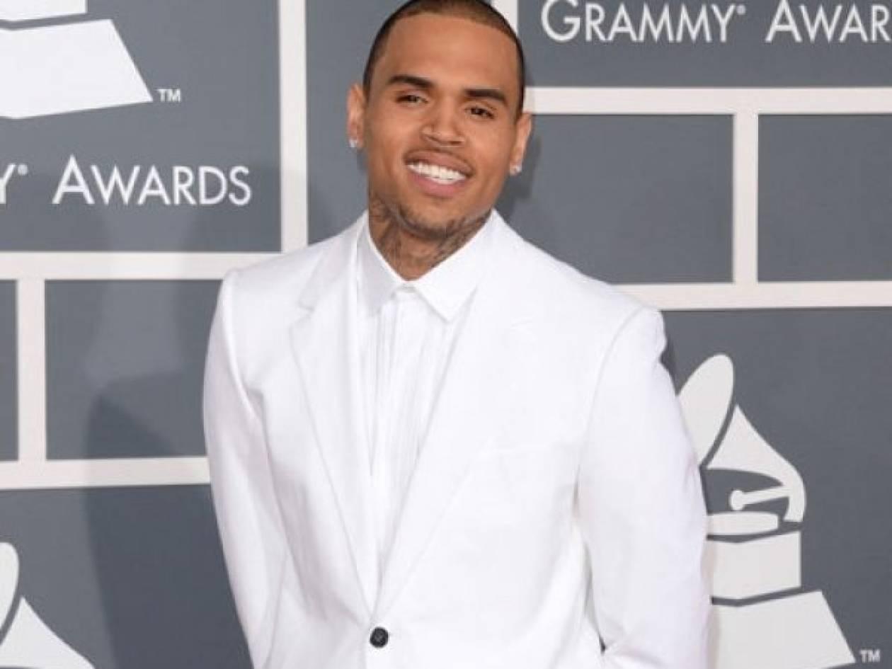 Γιατί συνελήφθη ο Chris Brown; Τι έκανε πάλι;