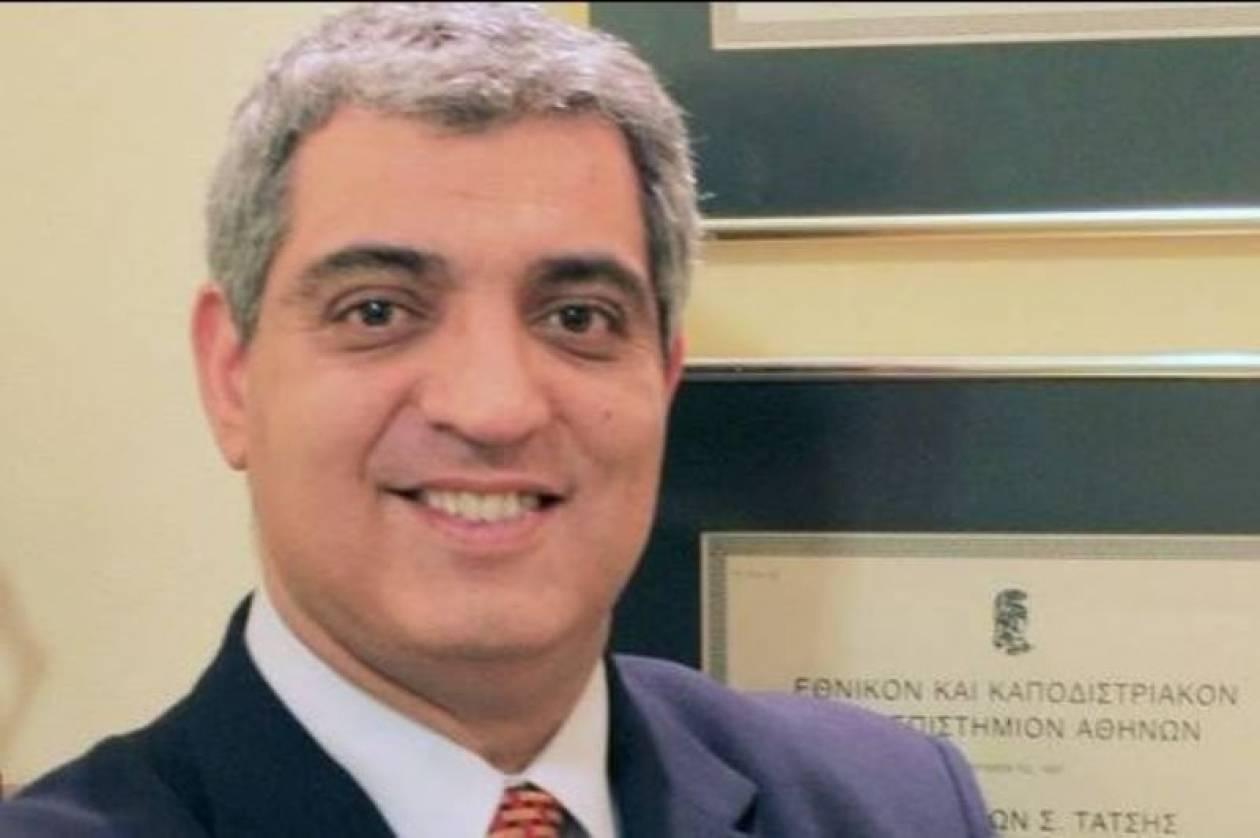 Συνδικαλιστής του ΠΑΣΟΚ ο δικηγόρος που μήνυσε τον Πάγκαλο