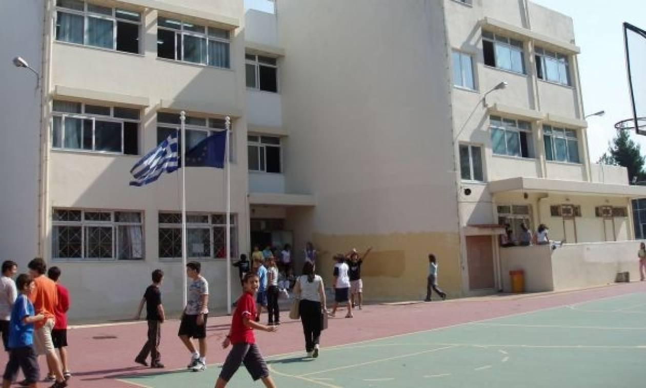 Επεκτείνεται στα σχολεία η αξιολόγηση των εκπαιδευτικών