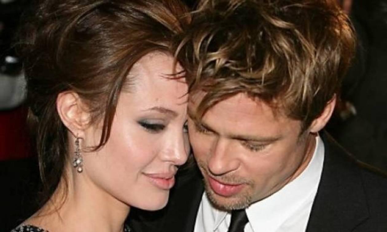 O Brad Pitt μυρίζει σαν τσοπανόσκυλο!