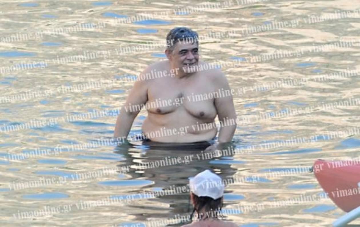 Δείτε: Το μπάνιο του Μιχαλολιάκου πριν από τη σύλληψη (pics)