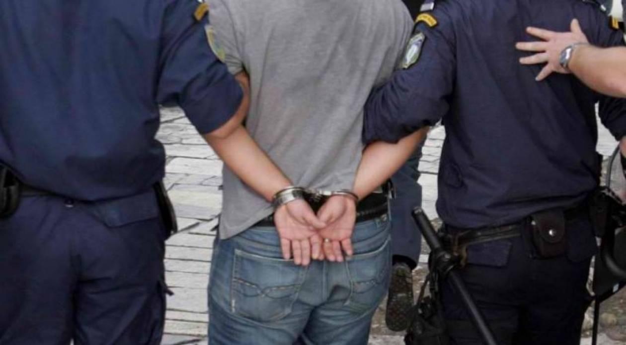 Συνελήφθησαν για κόντρες με μοτοσικλέτες στη Λ. Βουλιαγμένης