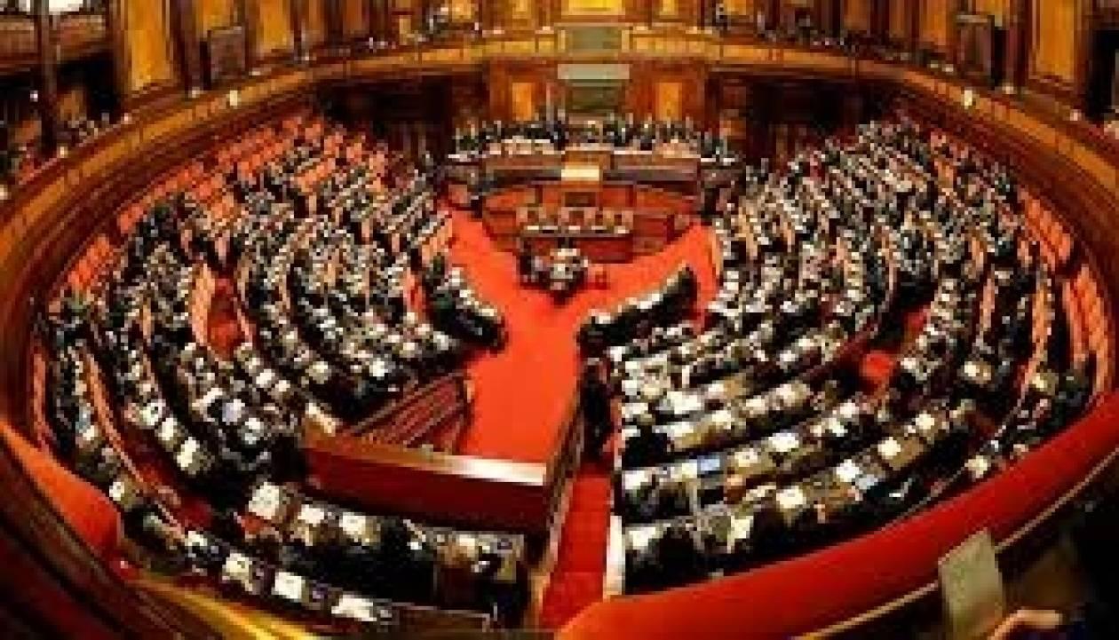 Ιταλία: «Δύσκολη» η καταγγελία περί καταστρατήγησης του Συντάγματος