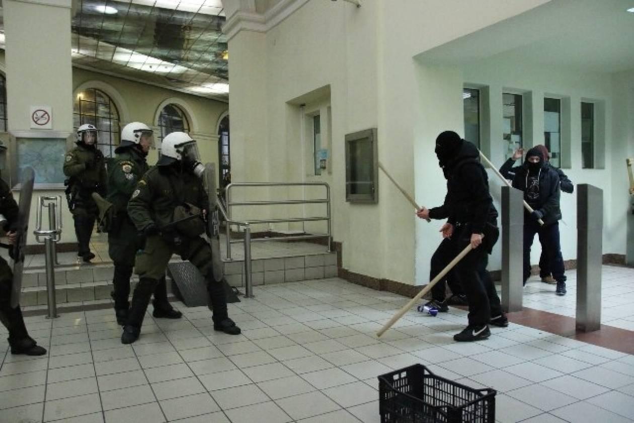 Μοναστηράκι: 33 προσαγωγές – Αναμένονται συλλήψεις