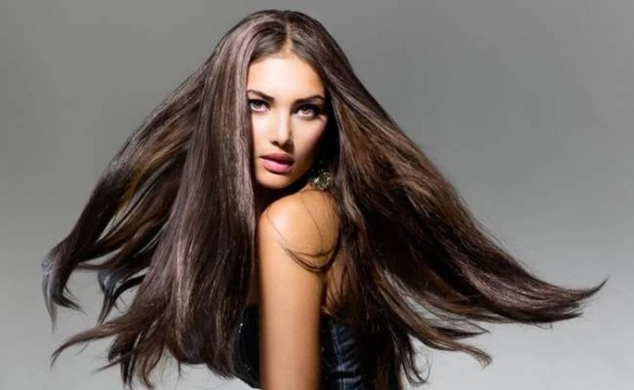 Τρία τρικ για πιο μακριά και πλούσια μαλλιά