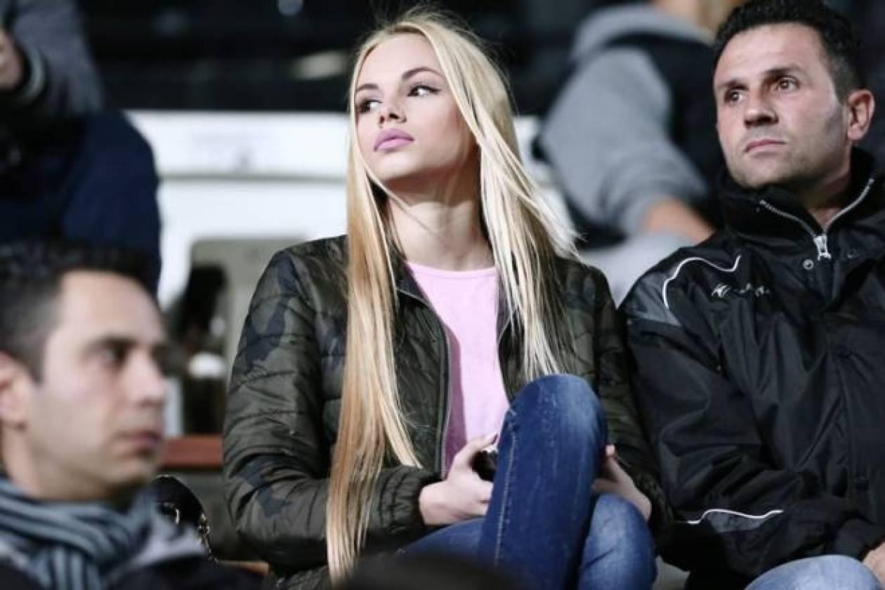 Εμμανουέλα: Η πιο όμορφη οπαδός στα ελληνικά γήπεδα (photos)