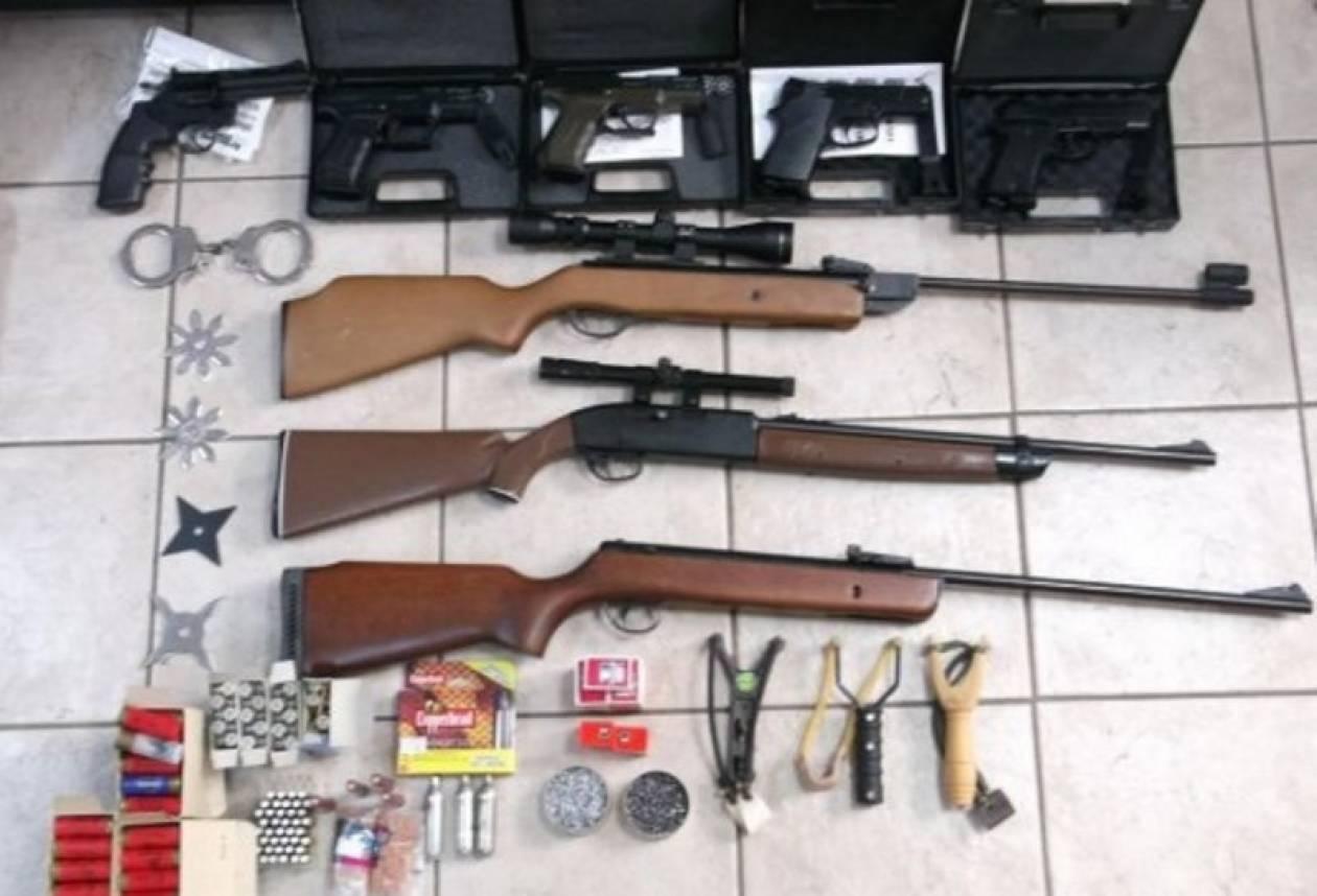 Βρέθηκε οπλοστάσιο στο σπίτι 44χρονου στη Θήβα