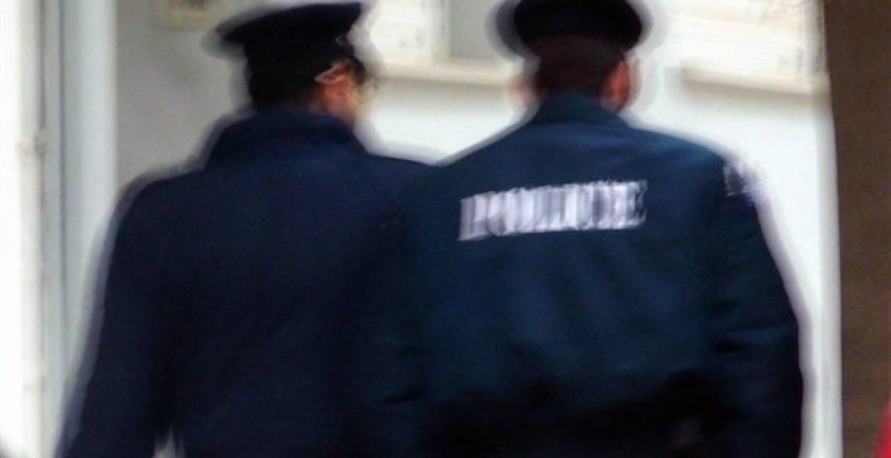 Συνελήφθη αστυνομικός για εμπλοκή σε υπόθεση ναρκωτικών