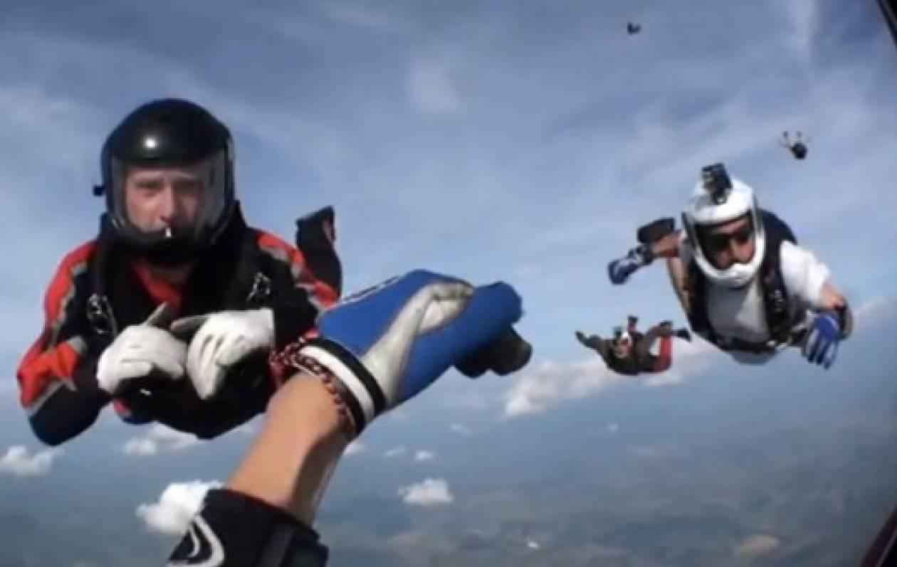 Video: Διάσωση στον αέρα που σου «κόβει» την ανάσα!