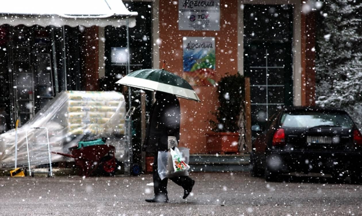 Με χιόνια, βροχές και κρύο η Τρίτη