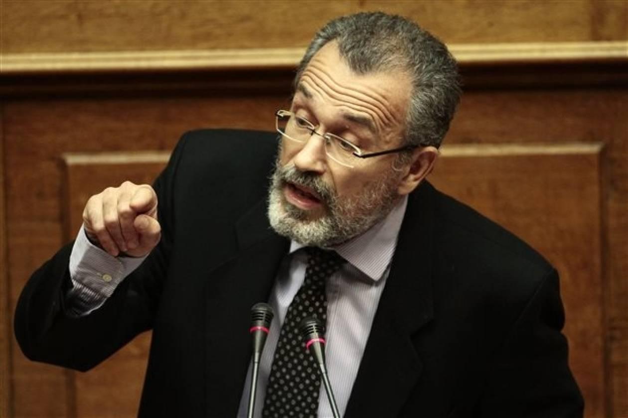 Έντονη αντιπαράθεση Κωνσταντοπούλου-Καψή για την ΔΤ