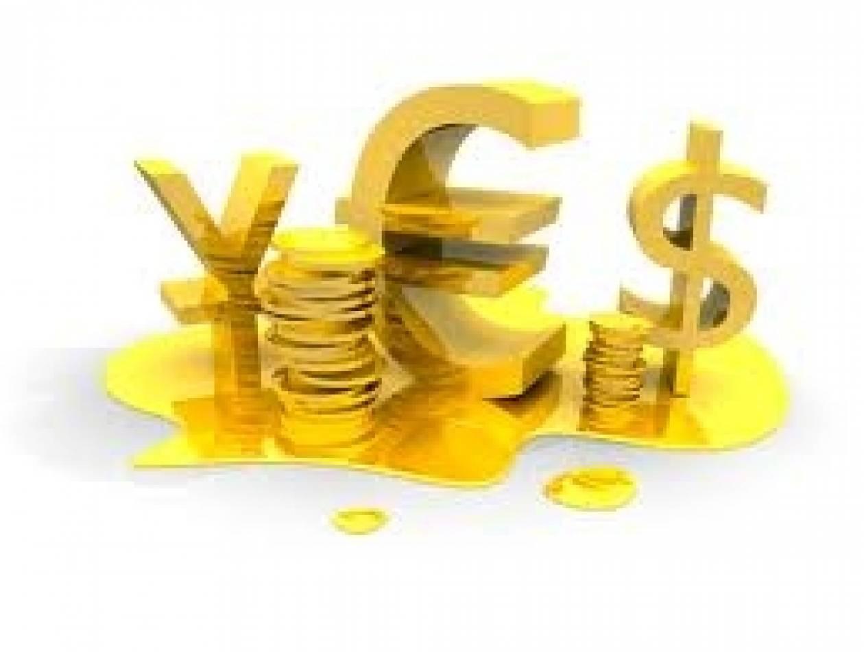 Το ευρώ σημειώνει οριακή πτώση 0,02% στα 1,3525 δολάρια