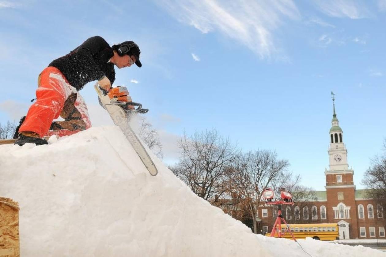 Σφοδρή χιονοθύελλα πλήττει το Κάνσας-Συνεχίζεται η κακοκαιρία στις ΗΠΑ