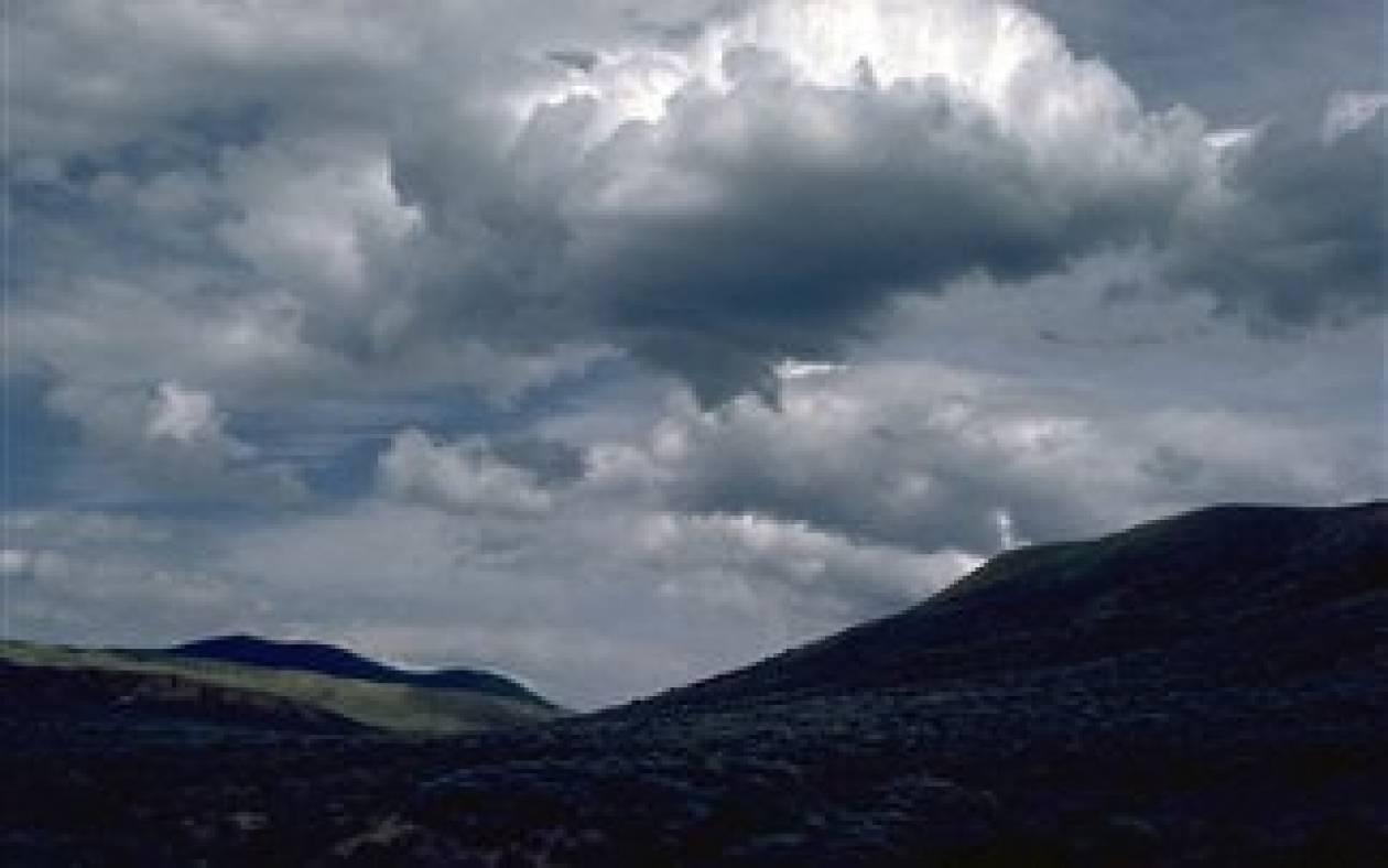 Ο καιρός σήμερα: Συννεφιά και τοπικές βροχές
