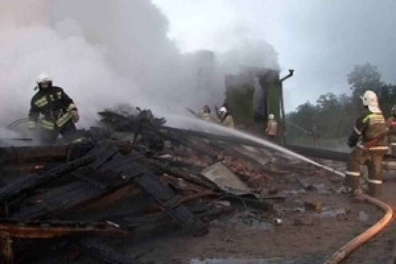 Ρωσία: Μεγάλη πυρκαγιά μετά τον εκτροχιασμό τρένου