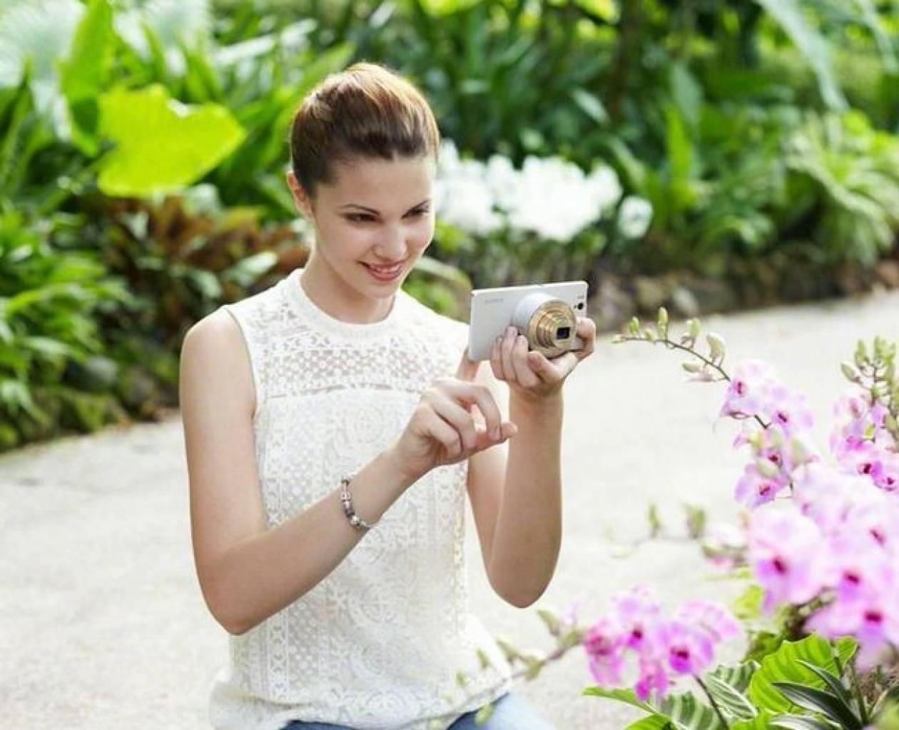 Sony: Νέες ενημερώσεις στις φωτογραφικές μηχανές-φακούς QX