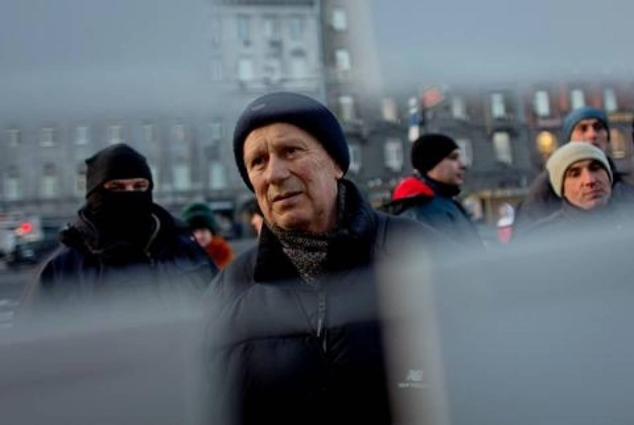 Κίεβο: 8.000 άτομα διαδηλώνουν υπέρ των αρχών