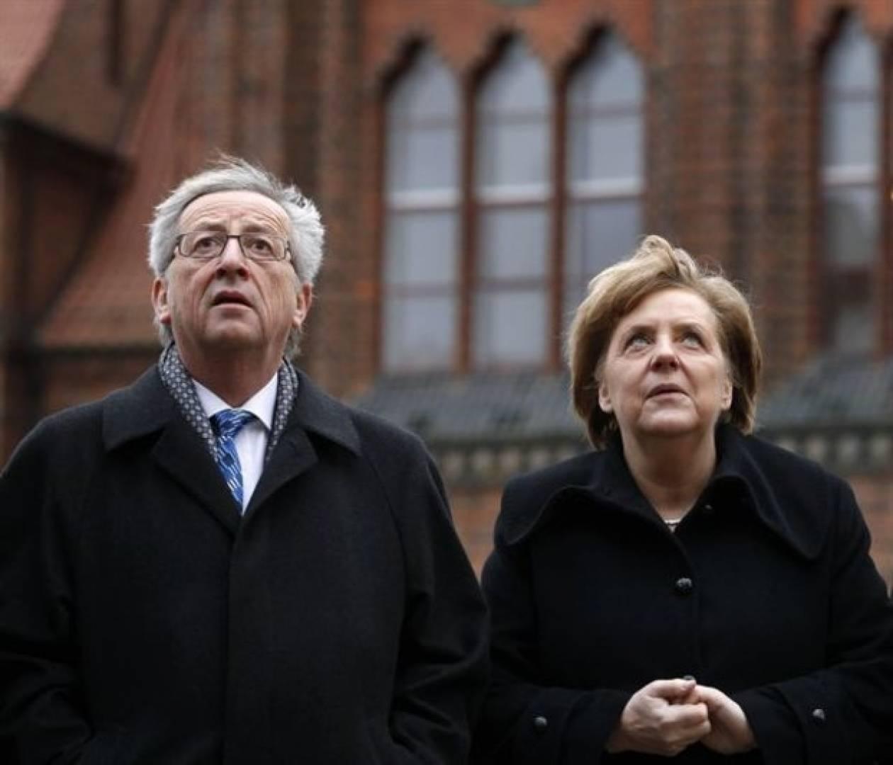 Η Μέρκελ υποστηρίζει τον Γιούνκερ για την ηγεσία των συντηρητικών