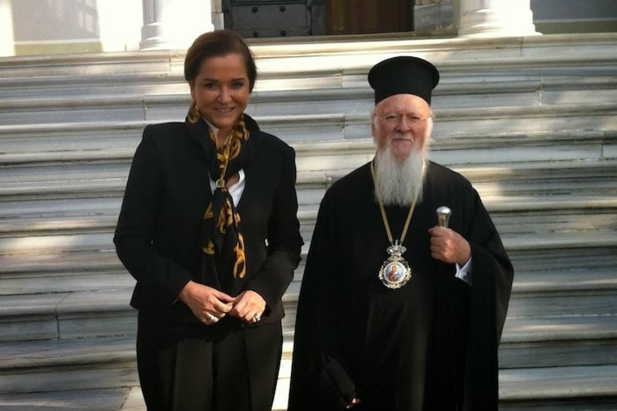 Η Μπακογιάννη στην Κωνσταντινούπολη και στη Θεολογική Σχολή της Χάλκης