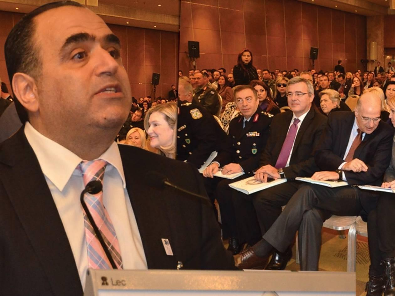 Μ. Σφακιανάκης: Το διαδίκτυο είναι ό,τι καλύτερο έχουμε σήμερα