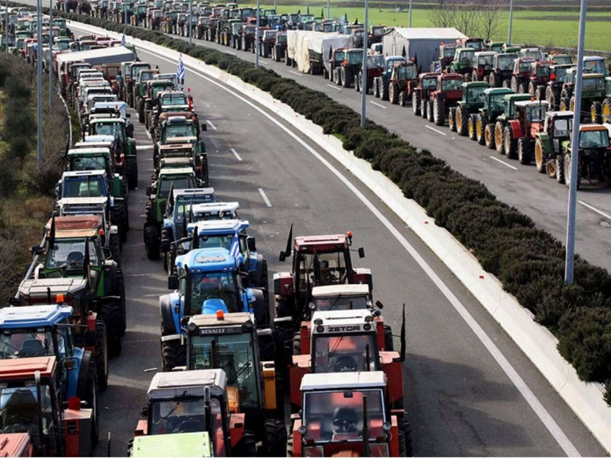 Συνεχίζουν τις κινητοποιήσεις τους οι αγρότες