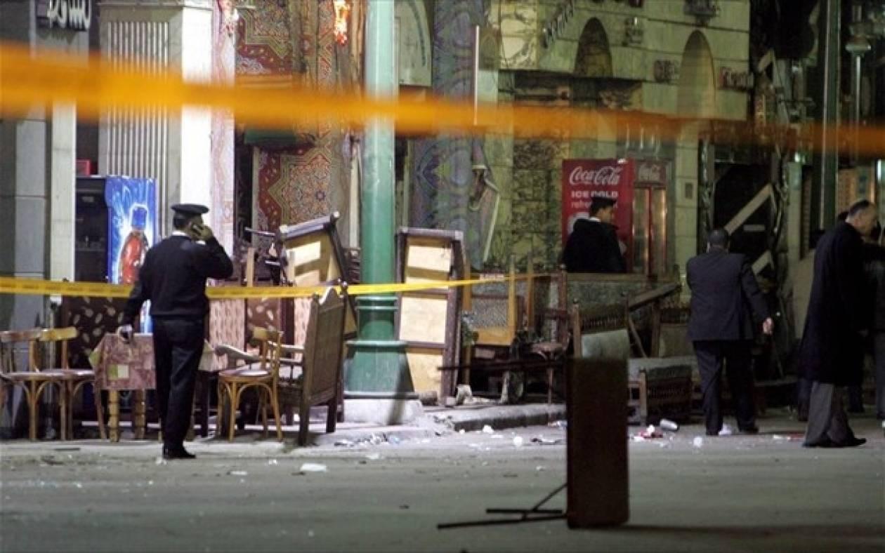 Τέσσερις αστυνομικοί τραυματίες από τις εκρήξεις στο Κάιρο