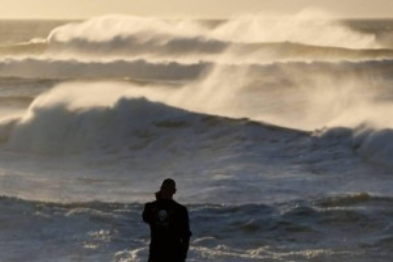 Γαλλία: Καταιγίδα άφησε χωρίς ρεύμα χιλιάδες σπίτια
