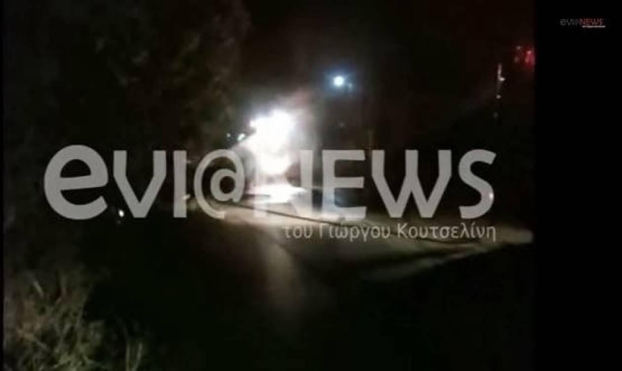 Χαλκίδα: Φωτιά σε κολόνα της ΔΕΗ-Στο σκοτάδι η πόλη