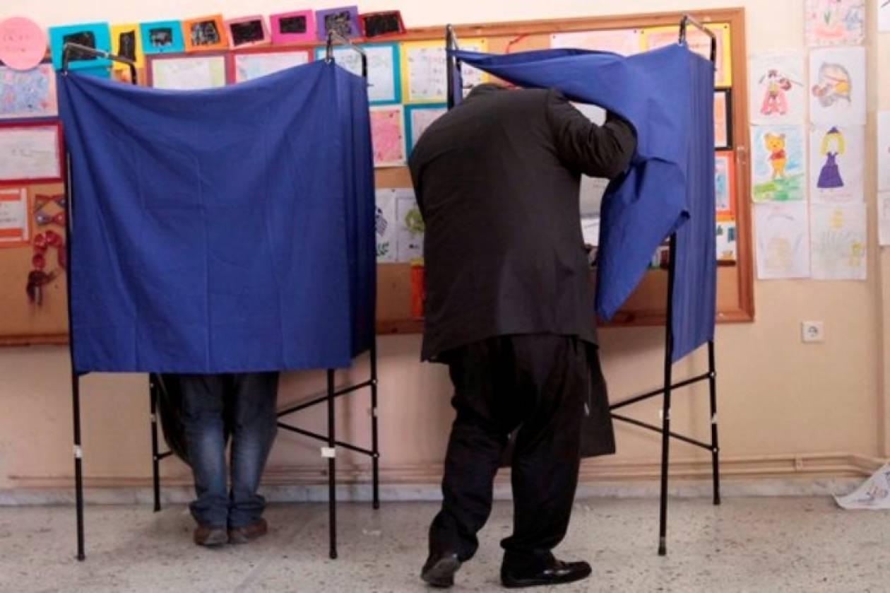 Προς κατάργηση το δικαίωμα ψήφου για ομογενείς και νόμιμους μετανάστες