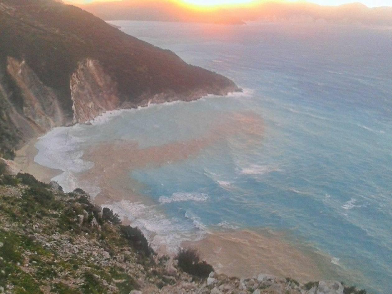 «Δεν υπάρχουν ακυρώσεις για την τουριστική περίοδο στην Κεφαλονιά»