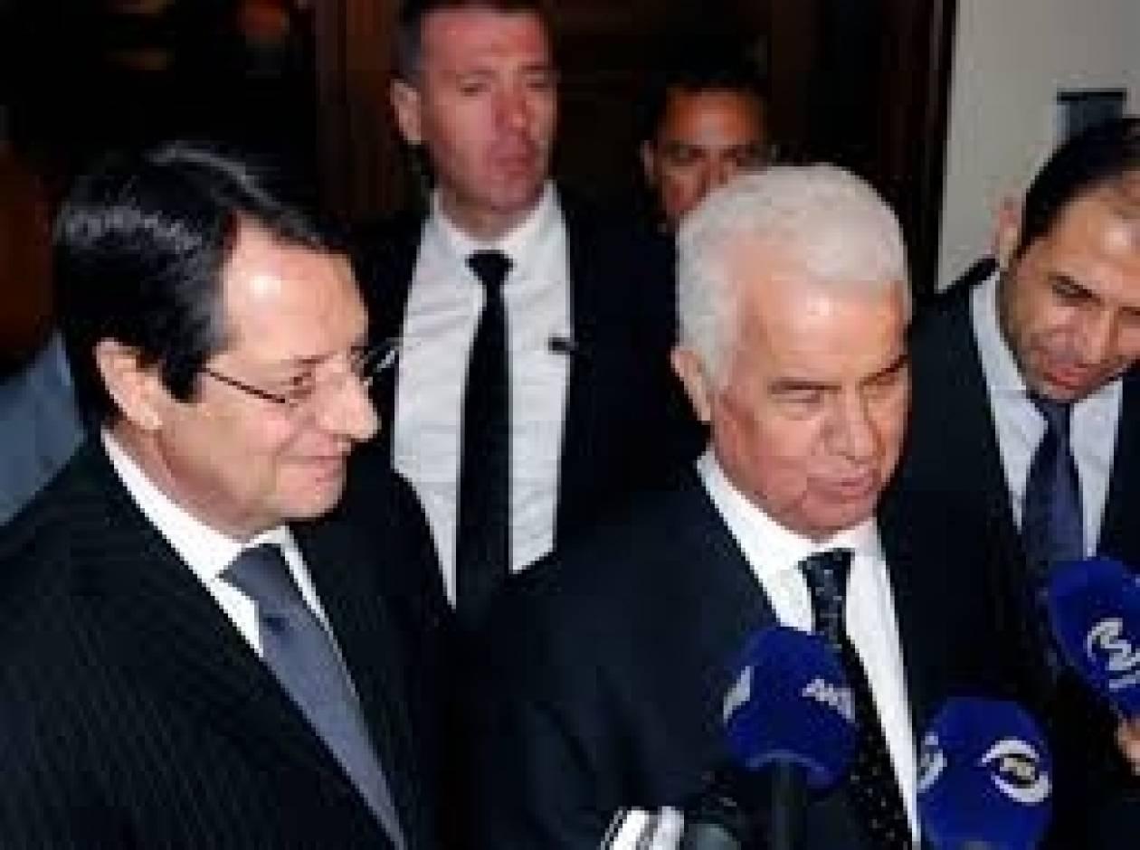 Αρχίζουν την Τρίτη οι συνομιλίες για το Κυπριακό