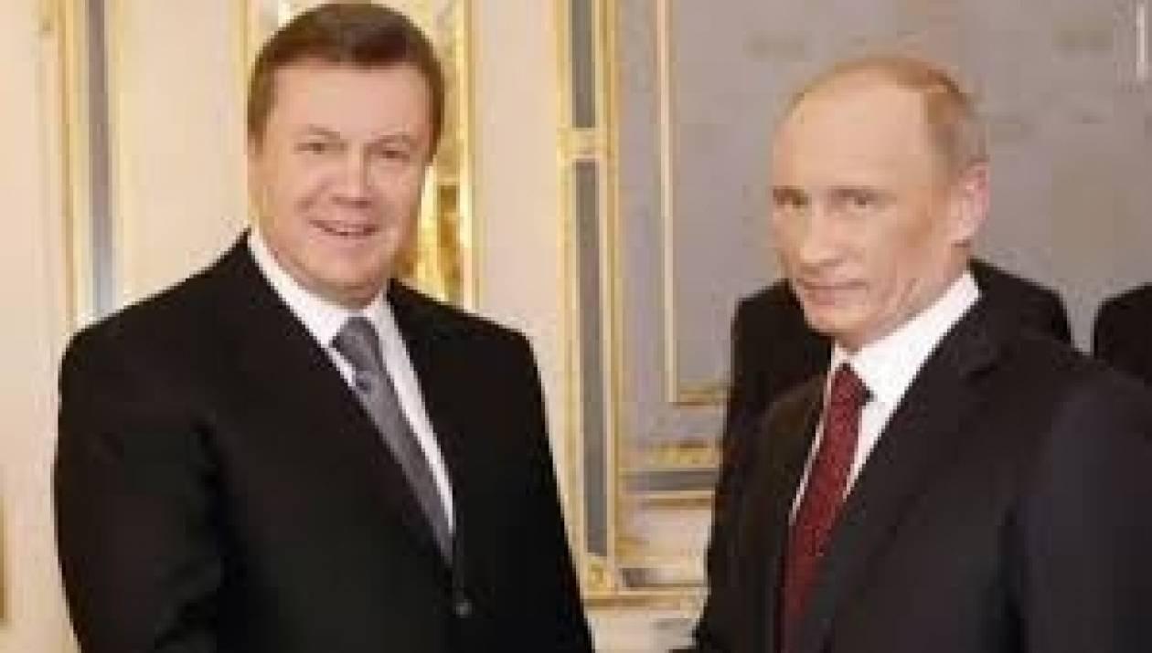 Ρωσία: Η Μόσχα θα καταβάλλει το συμφωνηθέν δάνειο στο Κίεβο