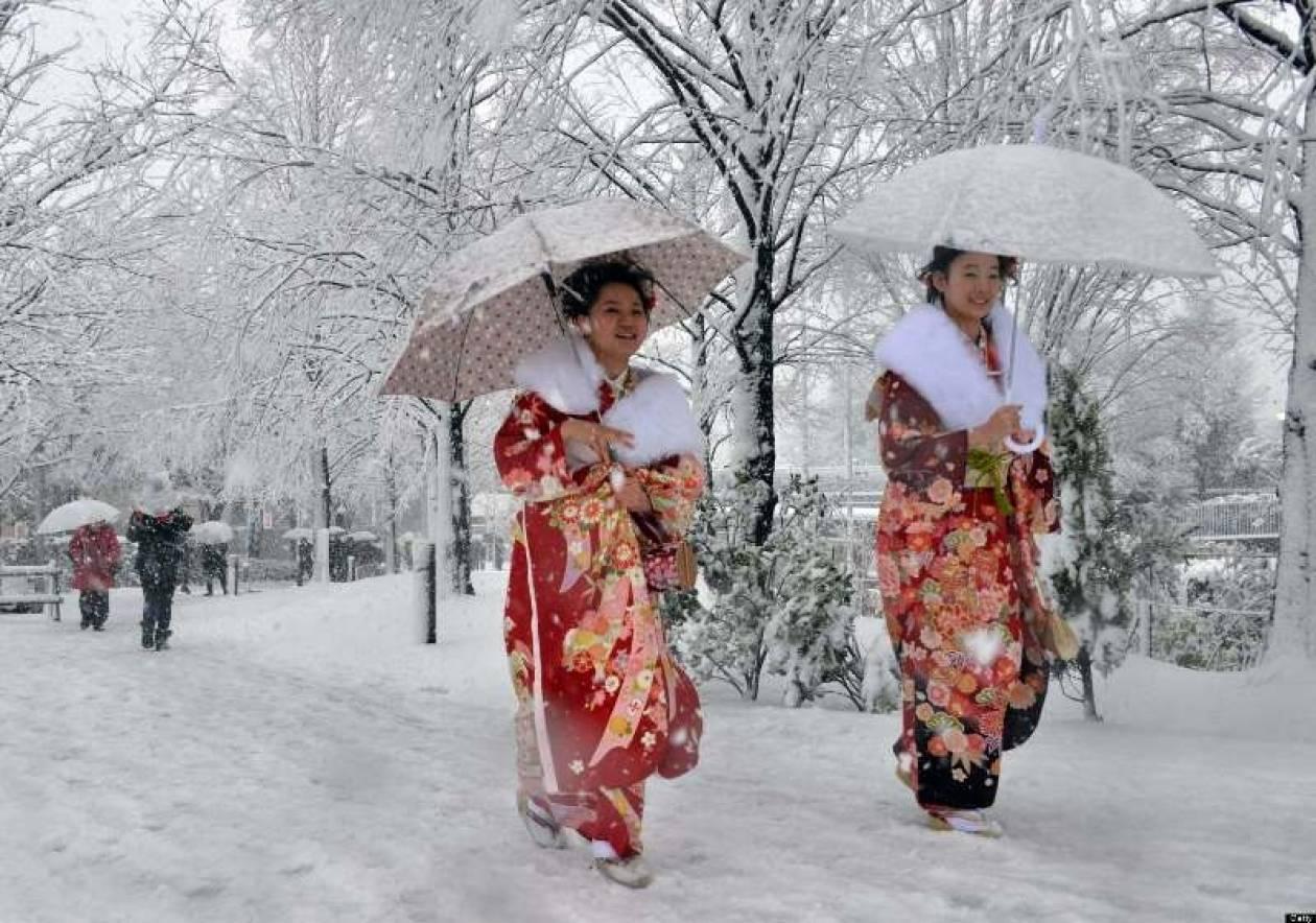 Ιαπωνία: Επτά νεκροί και 1.000 τραυματίες από τη χιονοθύελλα