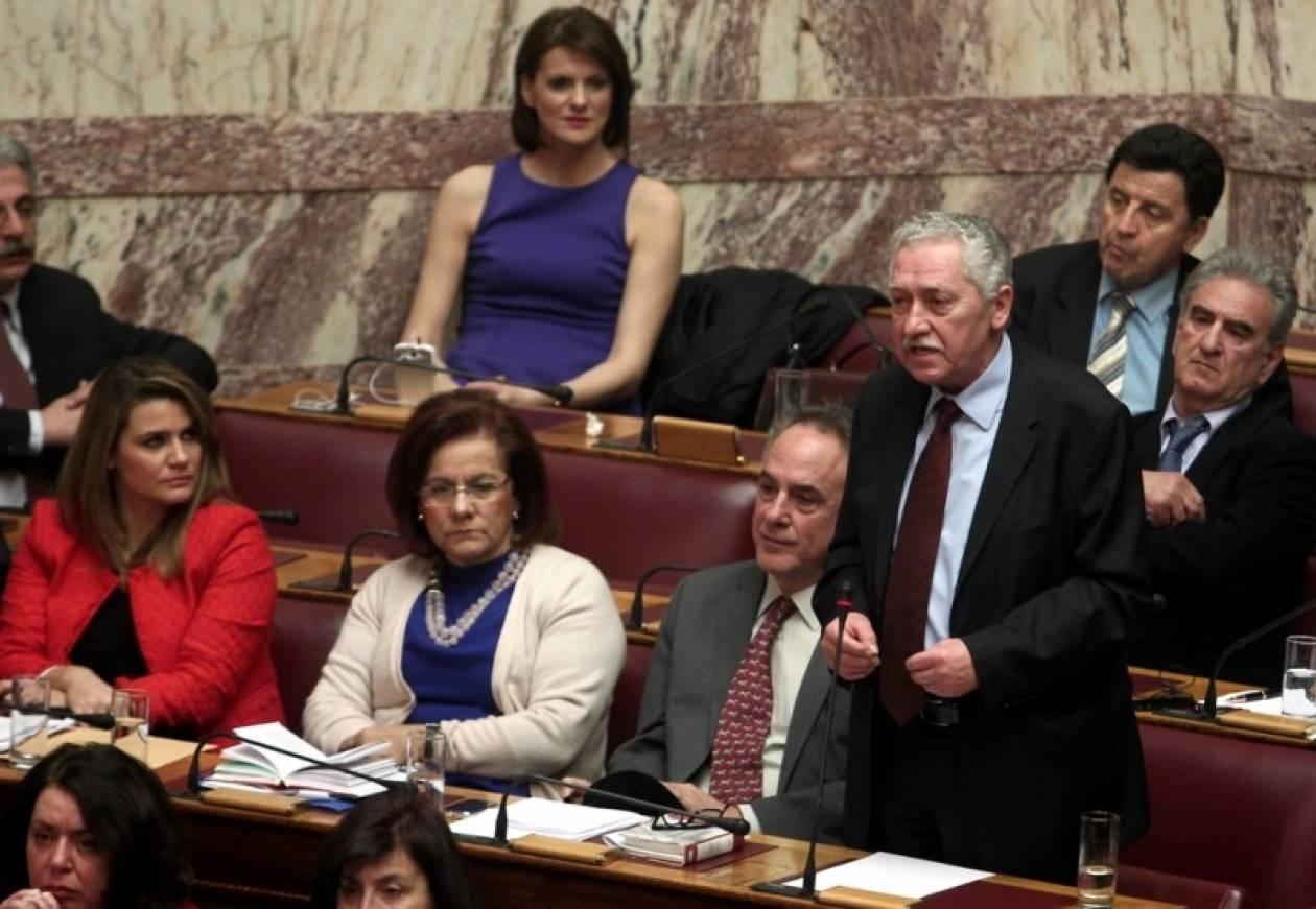 Η ΔΗΜΑΡ καλεί σε καταψήφιση της τροπολογίας για την ψήφο μεταναστών