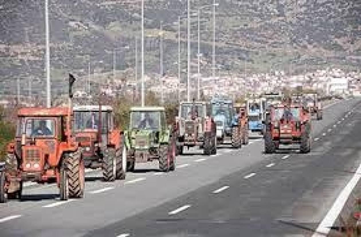Συμβολικοί αποκλεισμοί δρόμων από αγρότες
