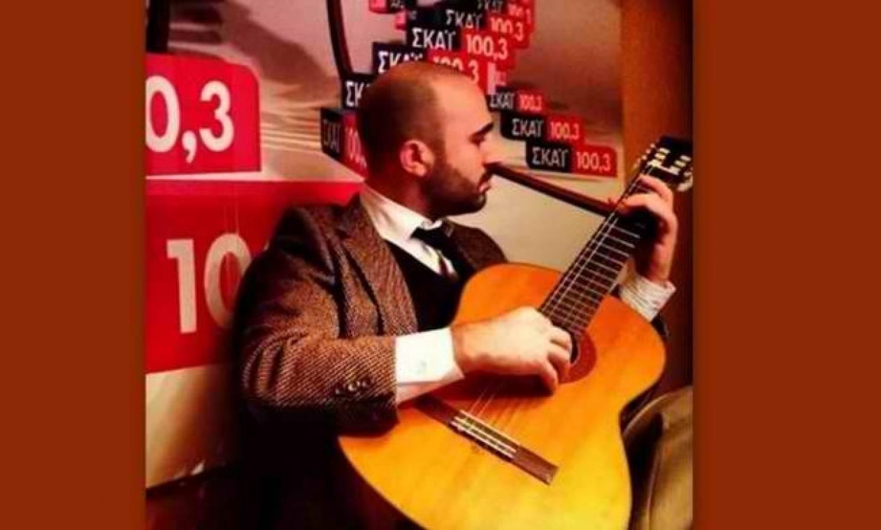Κωνσταντίνος Μπογδάνος: Από δημοσιογράφος... τραγουδιστής!