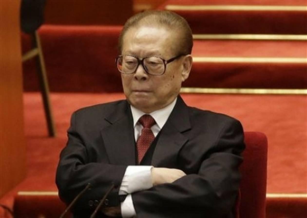 Διεθνές ένταλμα για τον πρώην πρόεδρο της Κίνας ζητά η Ισπανία