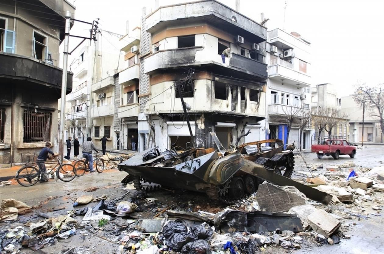Συρία: 460 πολίτες απομακρύνθηκαν από τις συνοικίες της Χομς