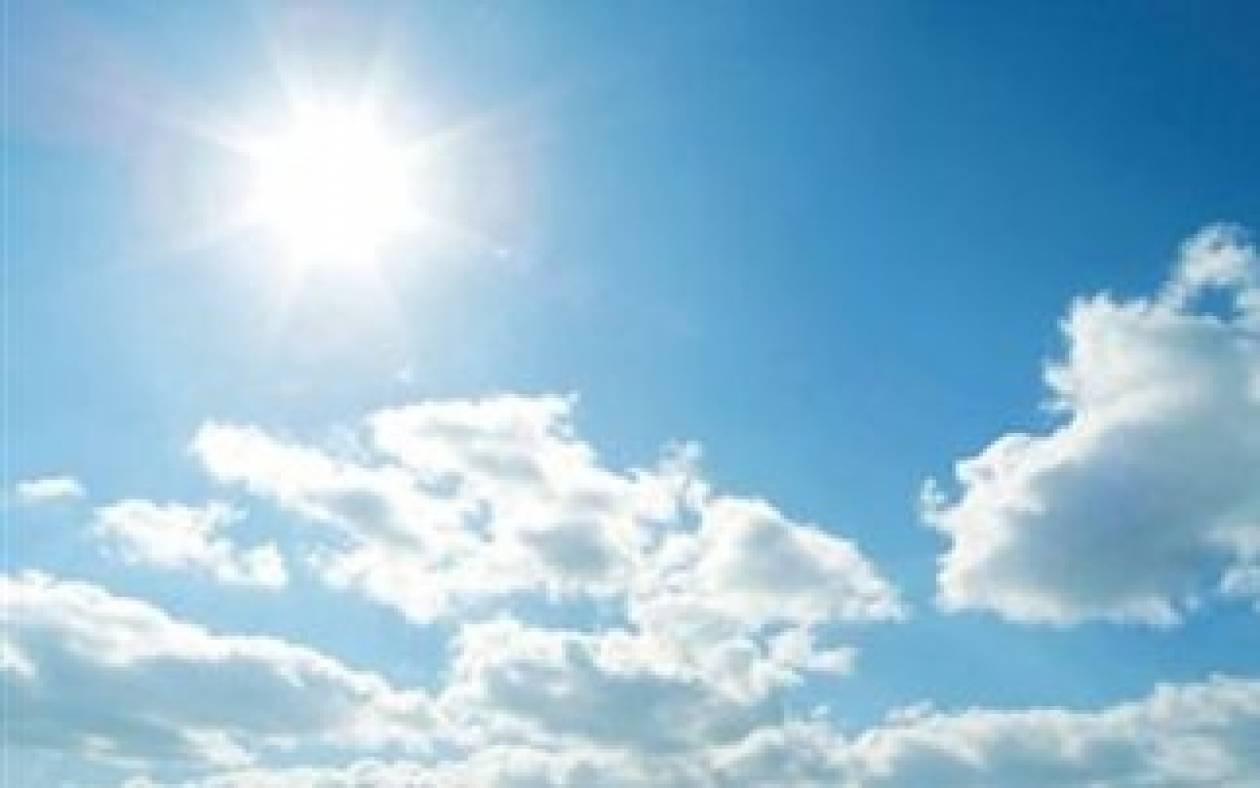 Υψηλές για την εποχή θερμοκρασίες και σκόνη από την Αφρική
