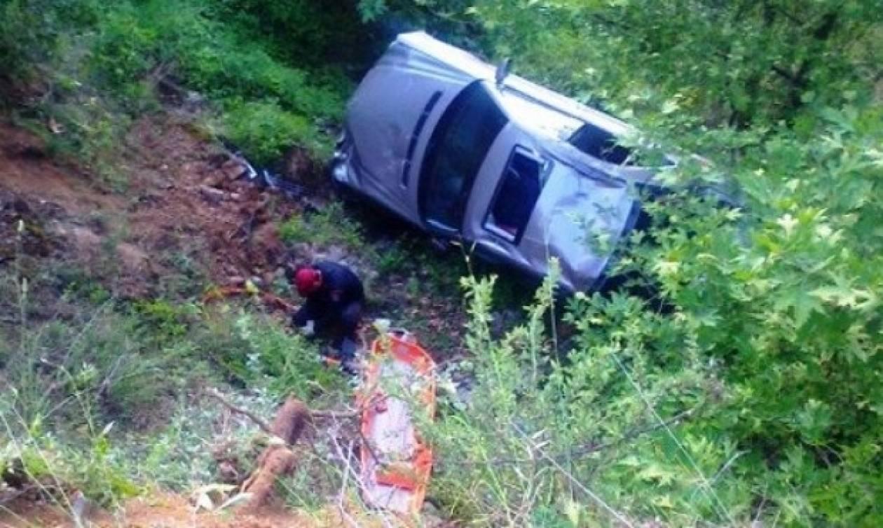 Κρήτη: Νεκρός ο οδηγός που έπεσε στον γκρεμό