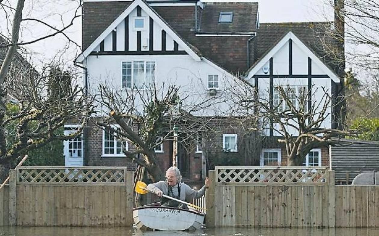 Βρετανία-πλημμύρες: Επιπλέον μέτρα προστασίας λαμβάνουν οι Αρχές