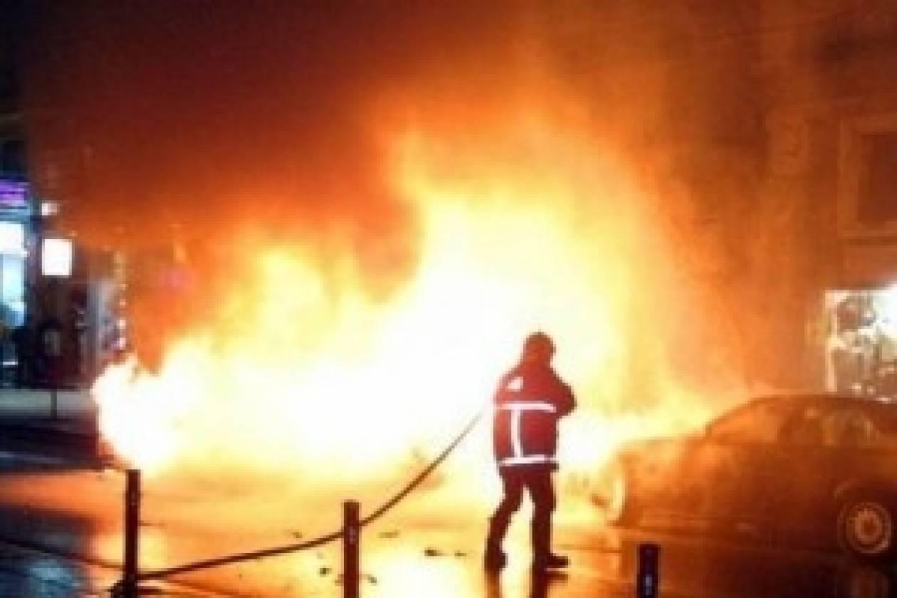 Μεγάλη πυρκαγιά κατάστρεψε εργοστάσιο ξυλείας