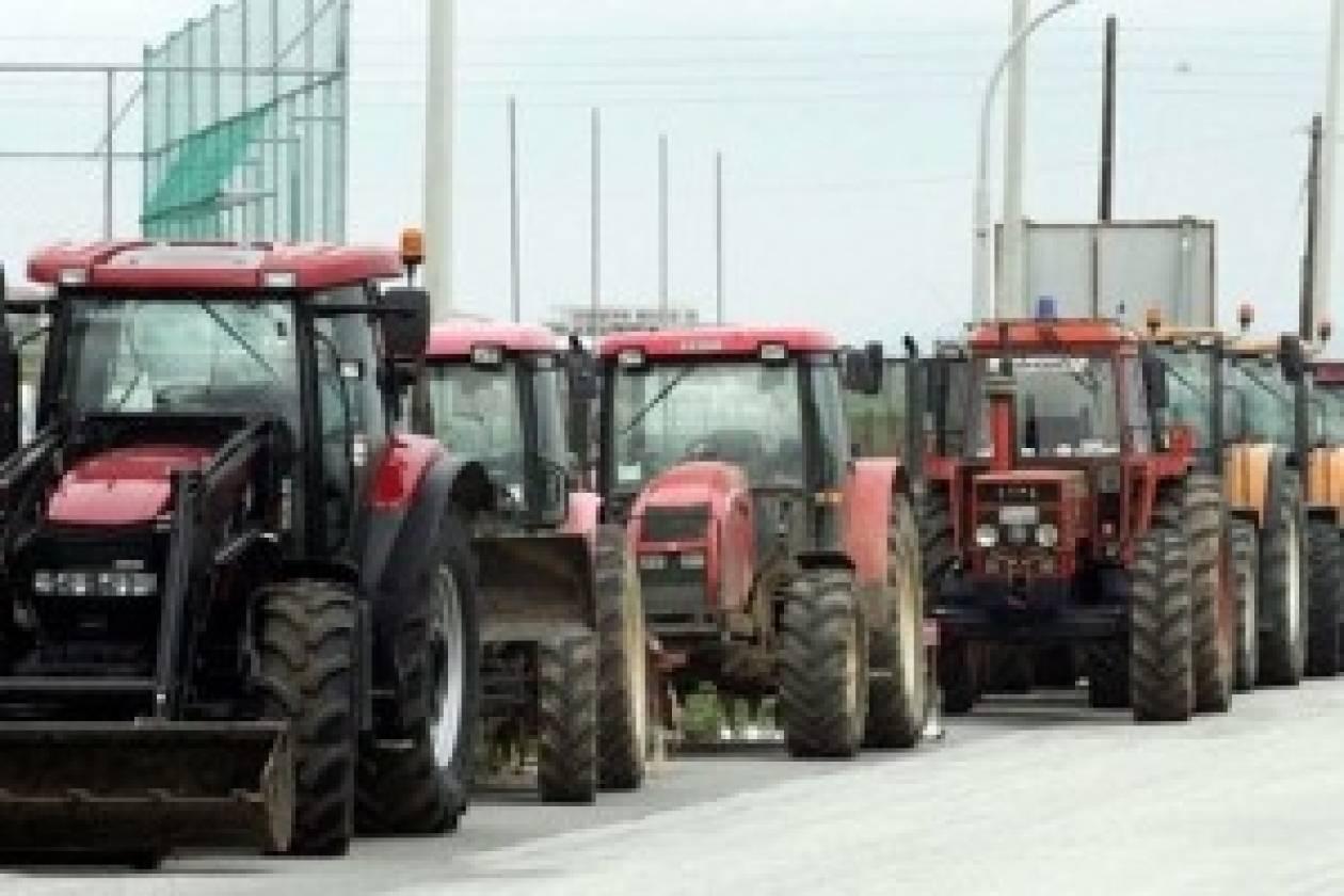Αποκλεισμός του δρόμου Θεσσαλονίκης- Πολυγύρου από τους αγρότες